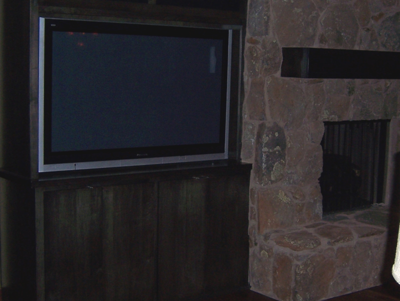 Picture of Family Room TV.