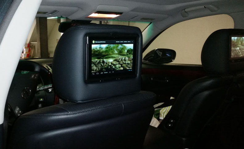 Dual Headrest DVD entertainment system