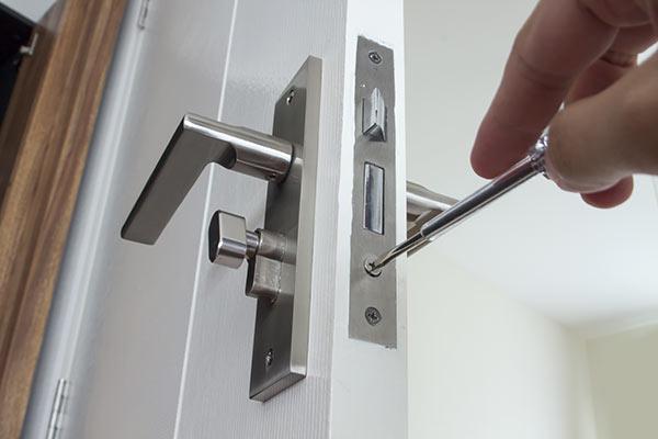 Commercial - Lock Repair