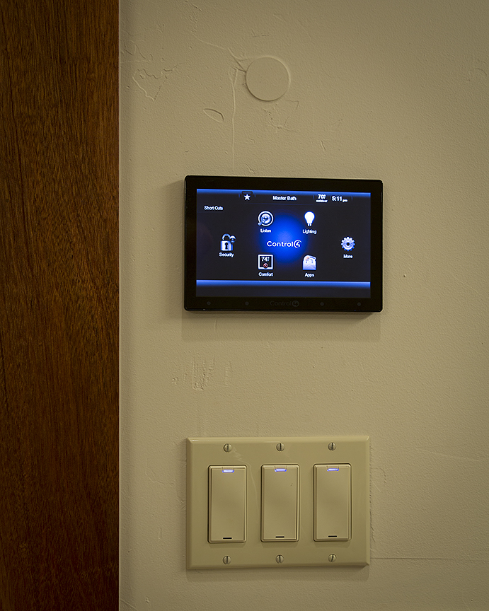 Control4 Touchpanel in Home Screen